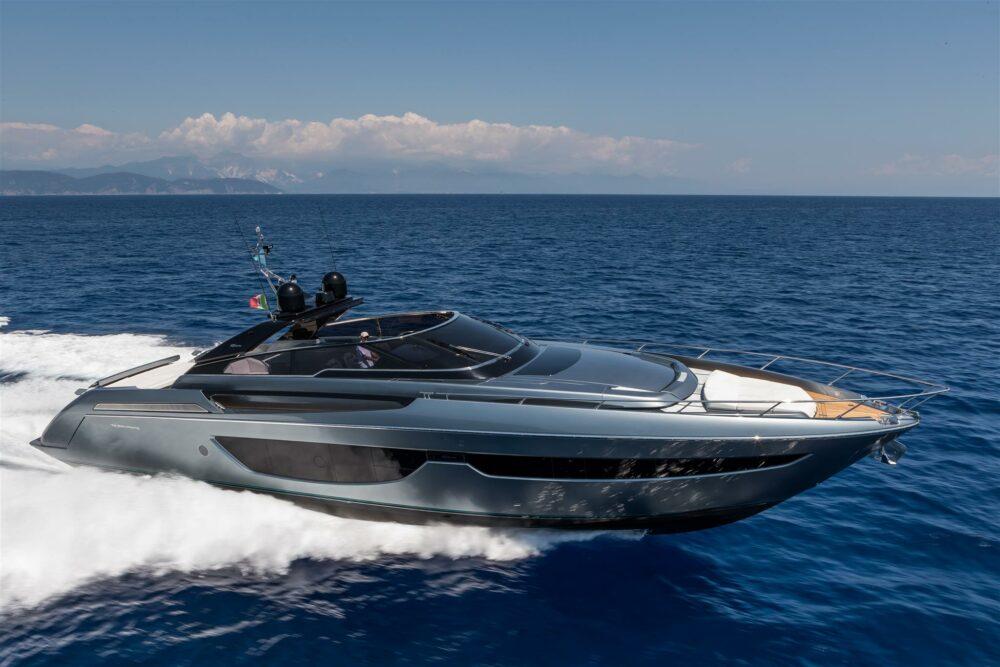 Riva76'Bahamas ds_45854 PERF