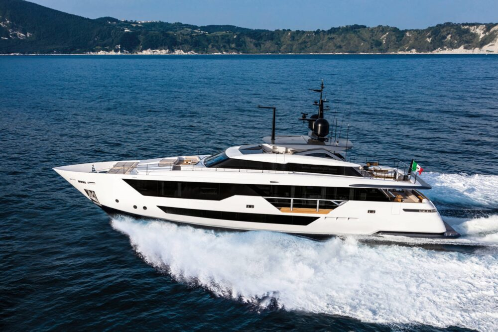 CustomLine106'NewCruising_0011_39743