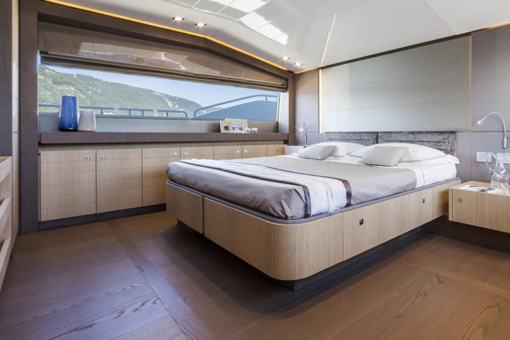 Ferretti 960_master cabin crp2 2k OK