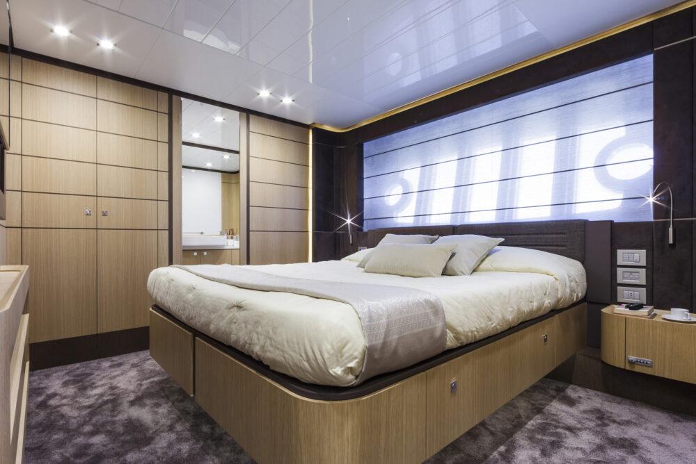 Ferretti 960_vip cabin crp 2k OK