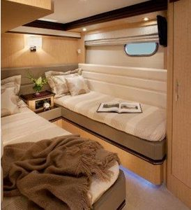 twin cabin MArquis 720