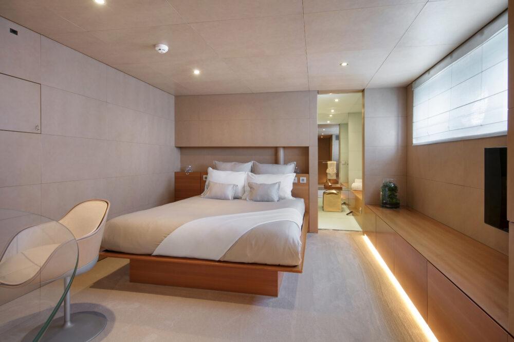 BM Double cabin 2