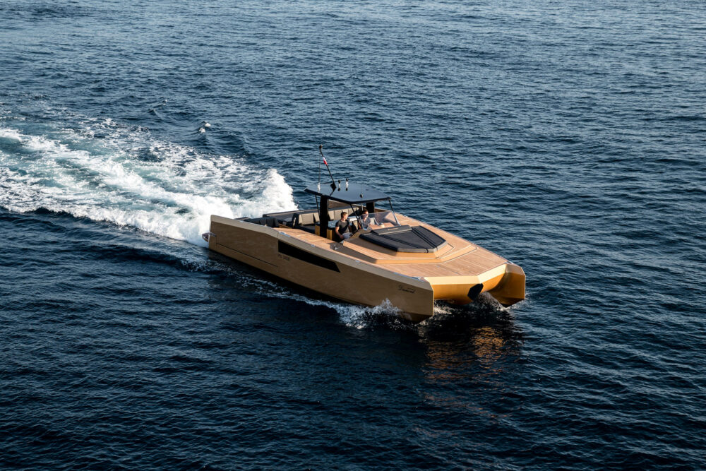 sunreef-yachts-40-open-sunreef-exterior-07