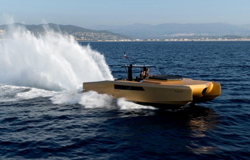 sunreef-yachts-40-open-sunreef-exterior-18