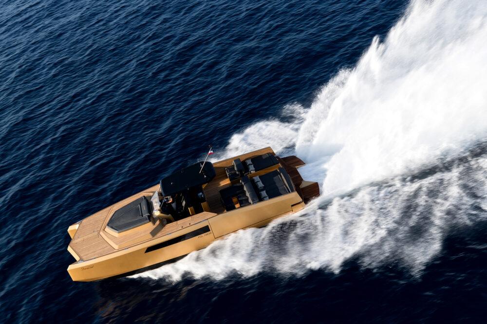 sunreef-yachts-40-open-sunreef-exterior-19