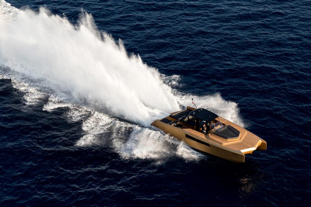 sunreef-yachts-40-open-sunreef-exterior-20