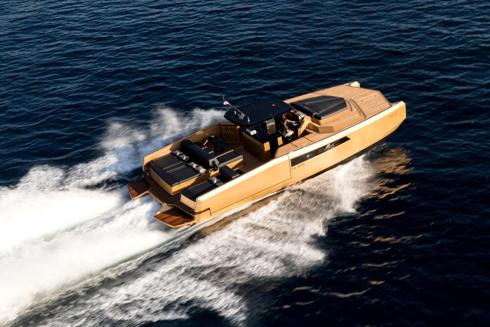 sunreef-yachts-40-open-sunreef-exterior-23