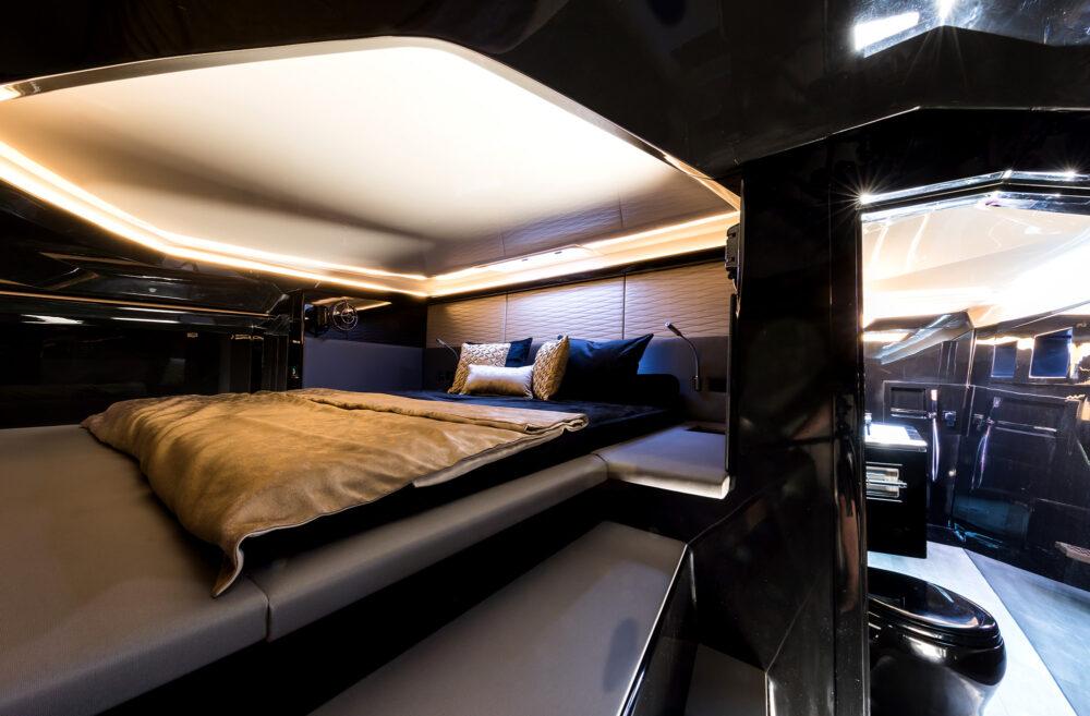 sunreef-yachts-40-open-sunreef-interior-02
