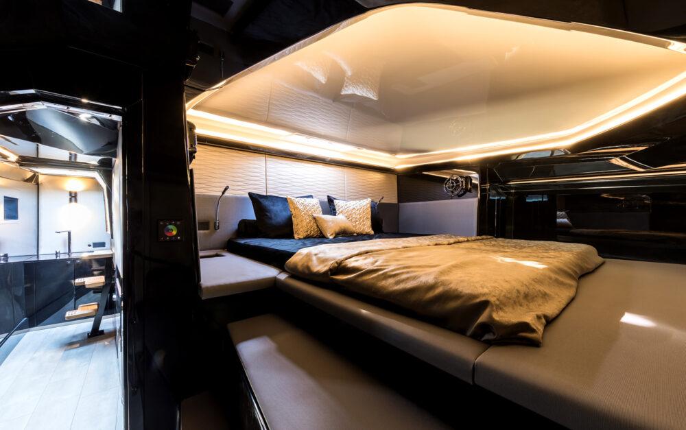 sunreef-yachts-40-open-sunreef-interior-04