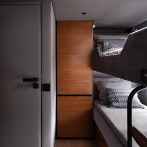 80A04-interior-12
